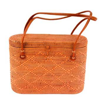 Lidded Purse $126