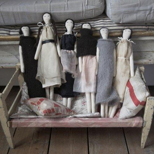 Pip Squeak Chapeua Dolls