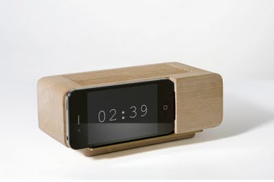 Jonas Damon iPhone Dock Alarm Clock